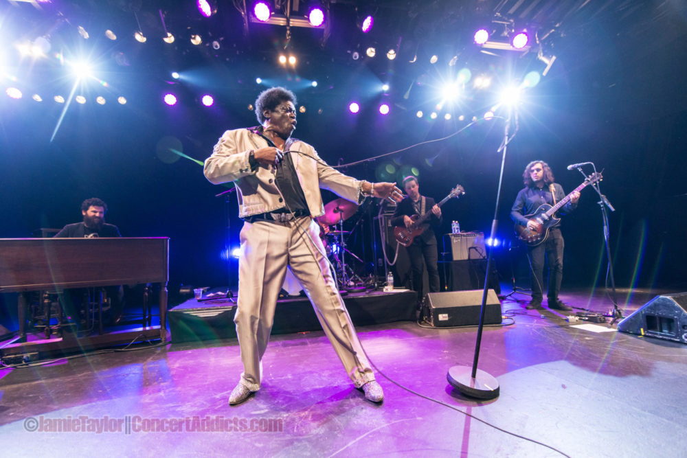 Charles Bradley working the mic stand