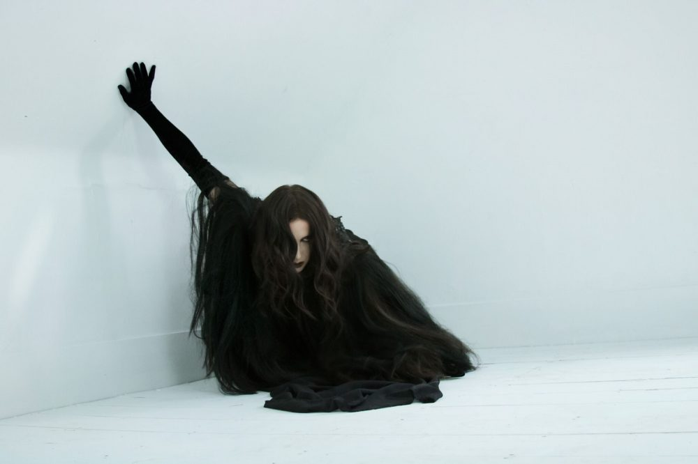 Chelsea Wolfe Rolls Out New Tour Dates